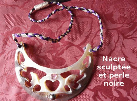 collier-nacre-sculptee.jpeg